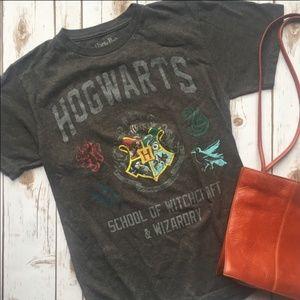 Tops - Hogwarts vintage t shirt